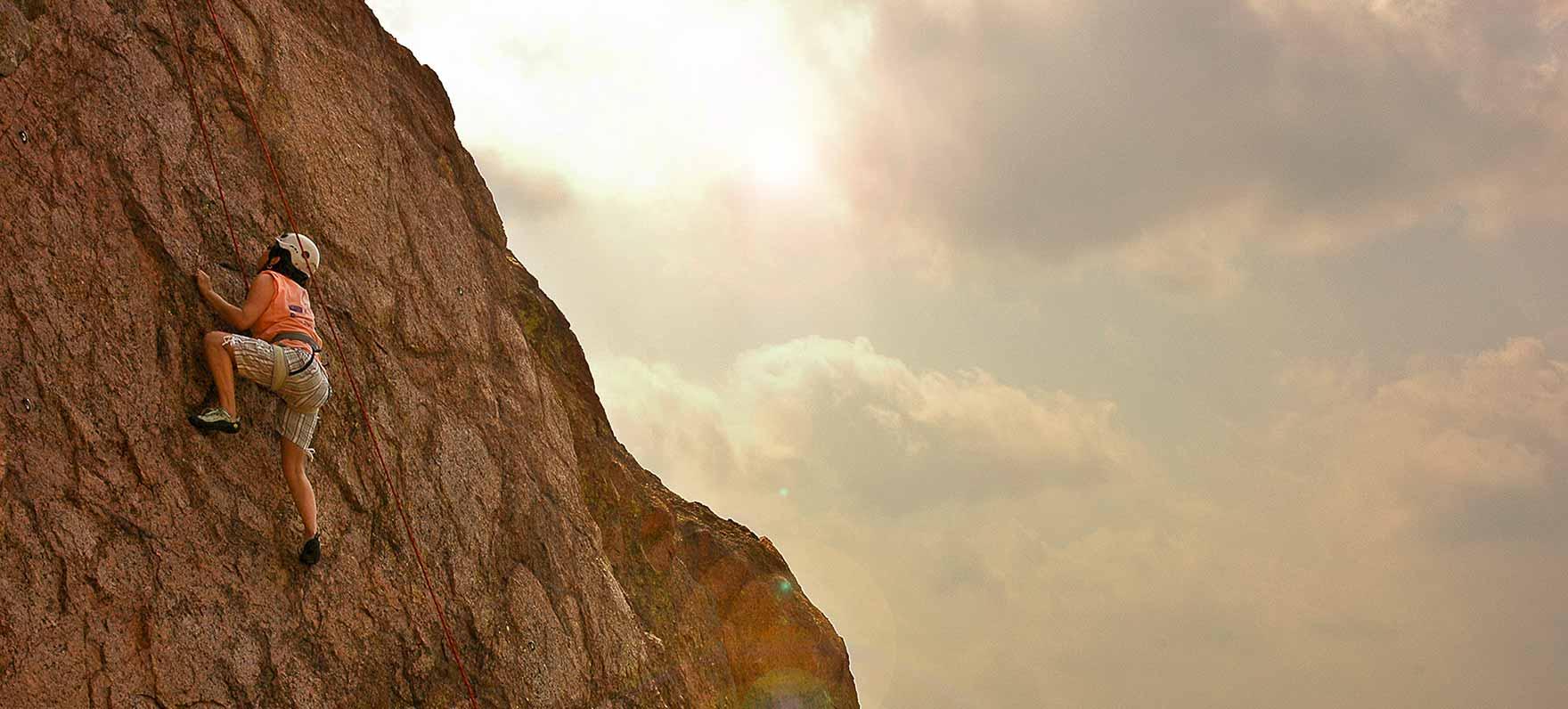 Rock-Climbing_opti_119