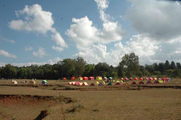 PACHMARHI LAKE CAMP